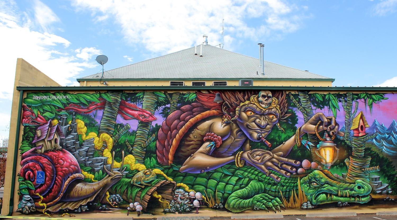 bruno-smoky-graffiti-mural