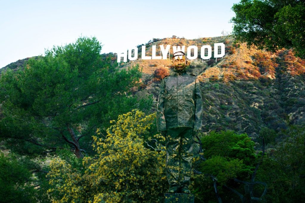 liu-bolin-Hiding-in-California-Hollywood