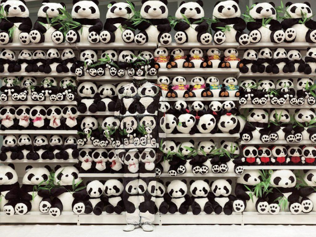 liu bolin - pandas