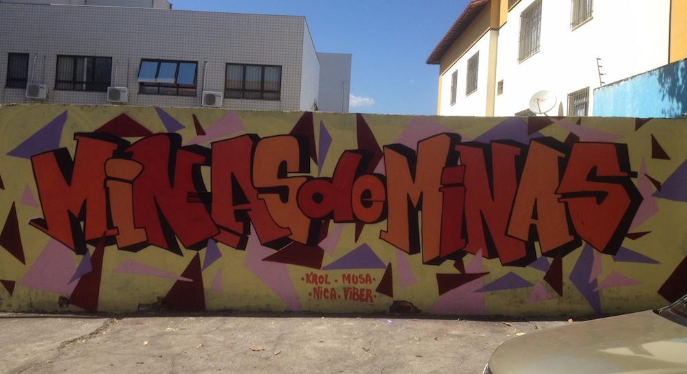 minas de minas graffiti street art