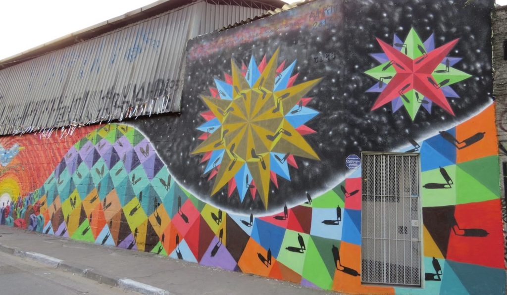 sapiens mural graff